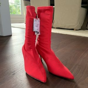 Brand New NWT Zara Kitten Heel Sock Bootie